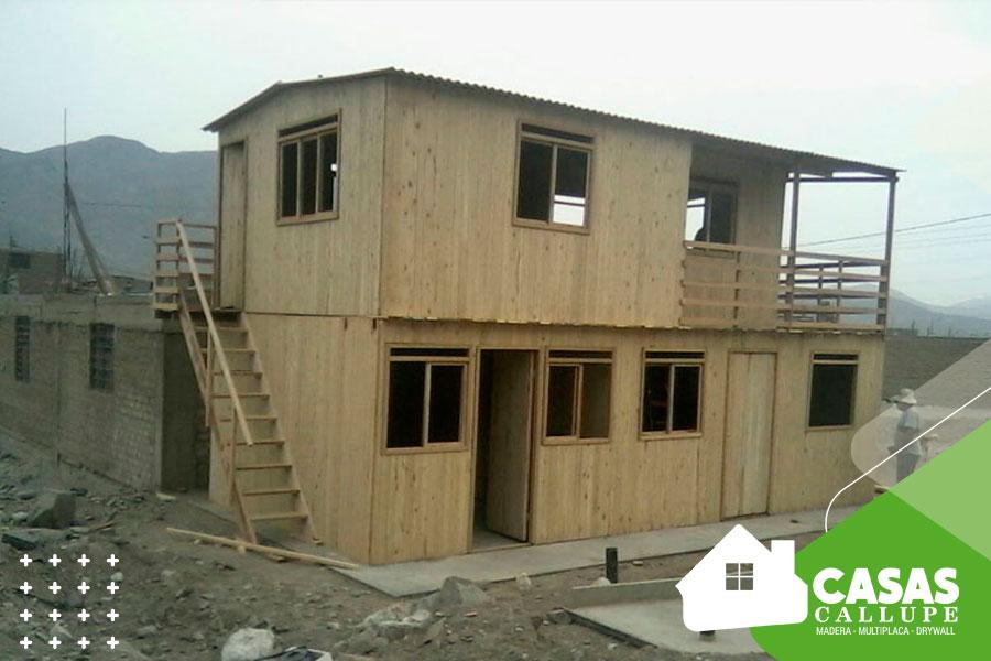 Casas de madera de dos pisos